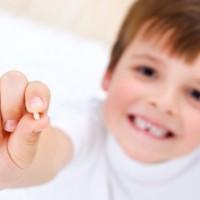 Молочные зубы у детей, уход, лечение.